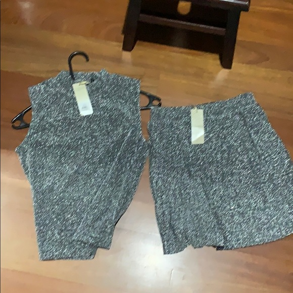 unknown Dresses & Skirts - NWT silver sparkle 2 piece